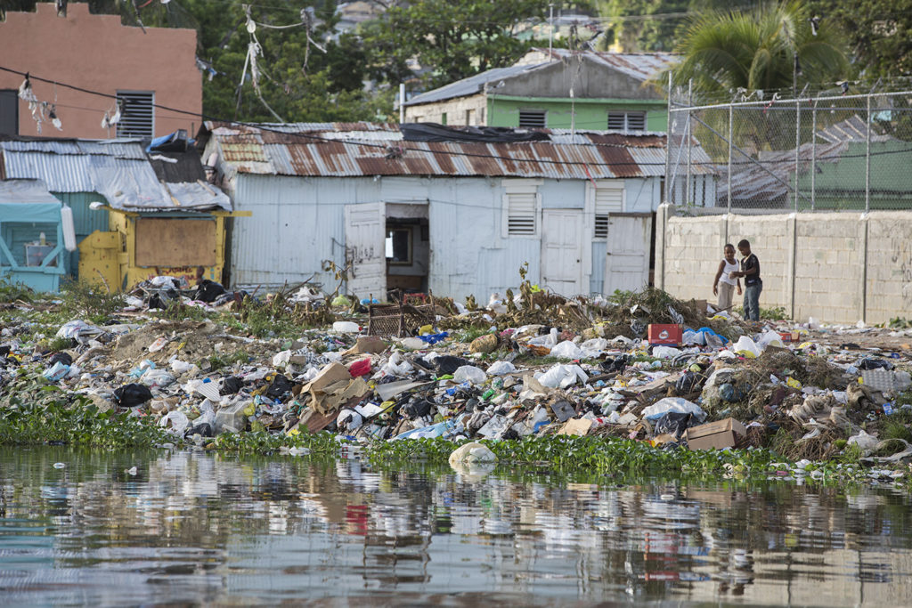 saint domingue pollution plastique rivière